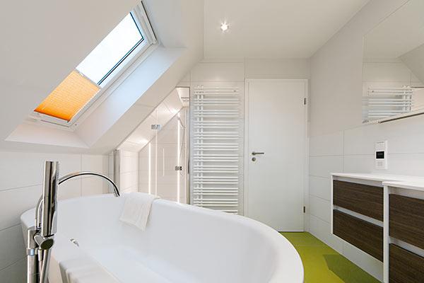 b der mit problemzonen perfekt renoviert ihli. Black Bedroom Furniture Sets. Home Design Ideas